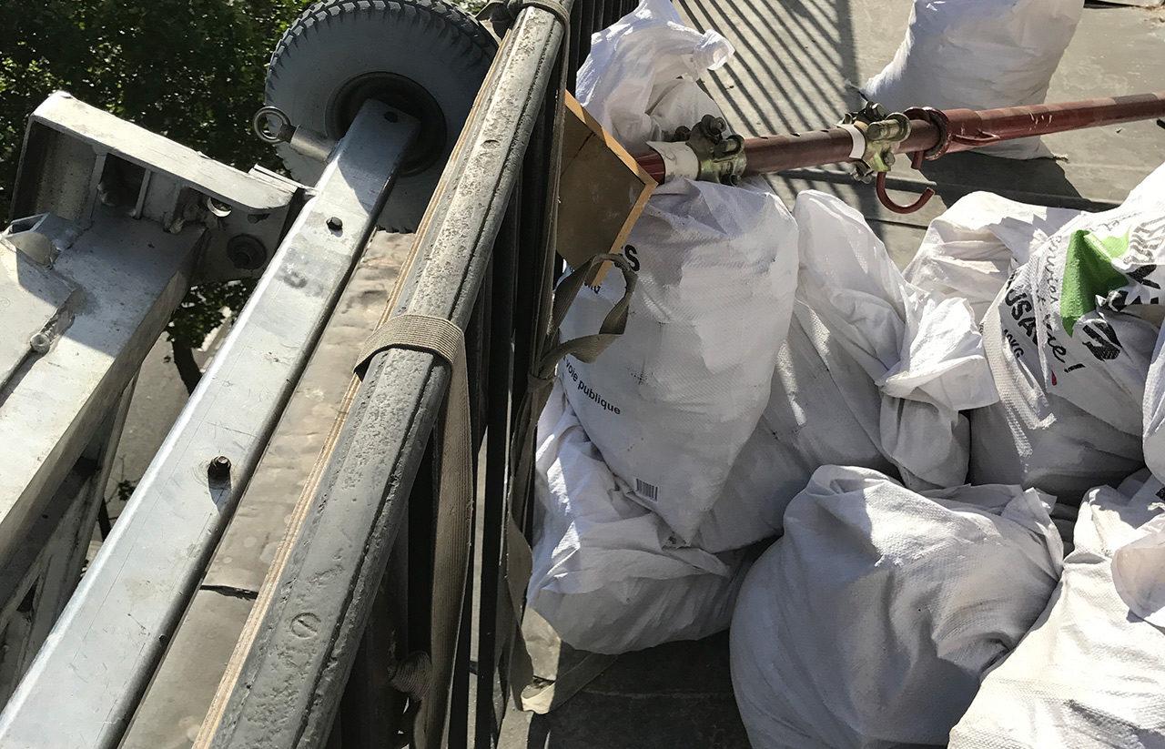 Service de démolition e terrasse et dépose des paves