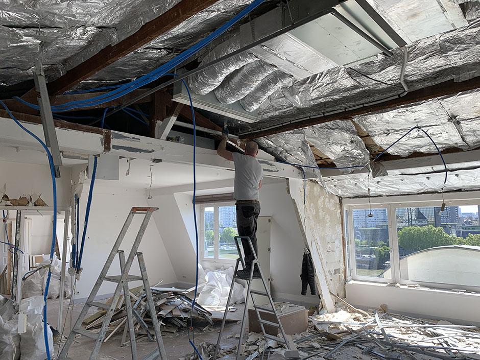 Démolition plafond au dernier étage