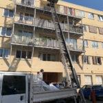 évacuation de gravats du 4eme étage avec monte-charge